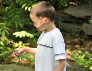 Child w Frog